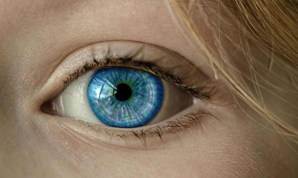 Новый вид имплантата позволит слепым видеть